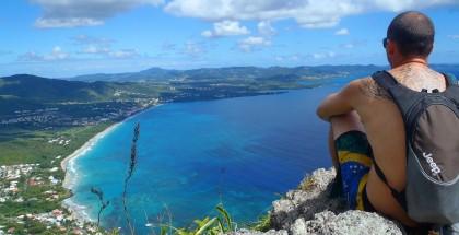 Vue extraordinaire depuis le Morne Larcher, au Diamant, dans le sud de la Martinique. #welovemadinina